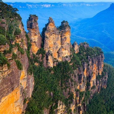Blue Mountains - Christmas in July